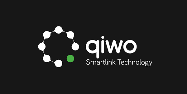 qiwo logo reverse colors